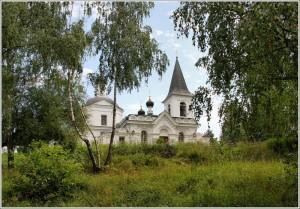 Воскресенская церковь в роще