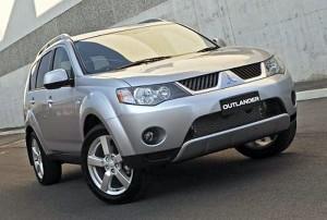 Mitsubishi Outlander: совмещая  приятное с полезным